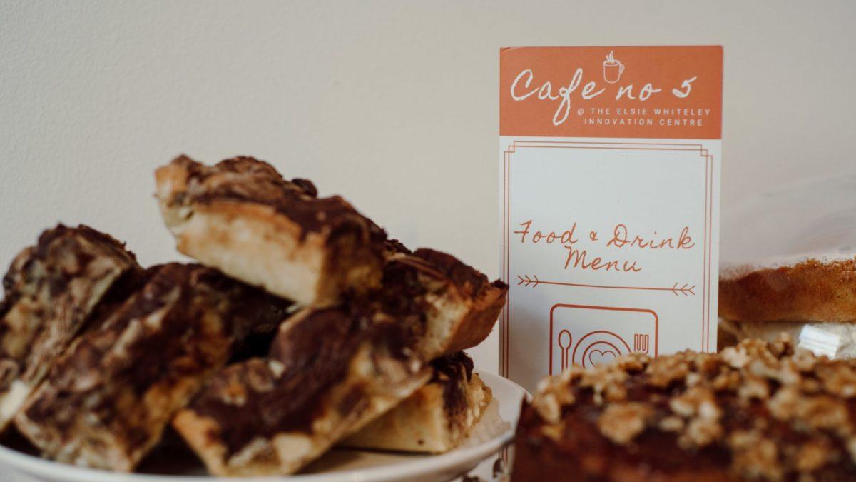 Cafe No 5 Cake